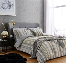 HARLEQUIN ARRAY CHARCOAL main bed HR